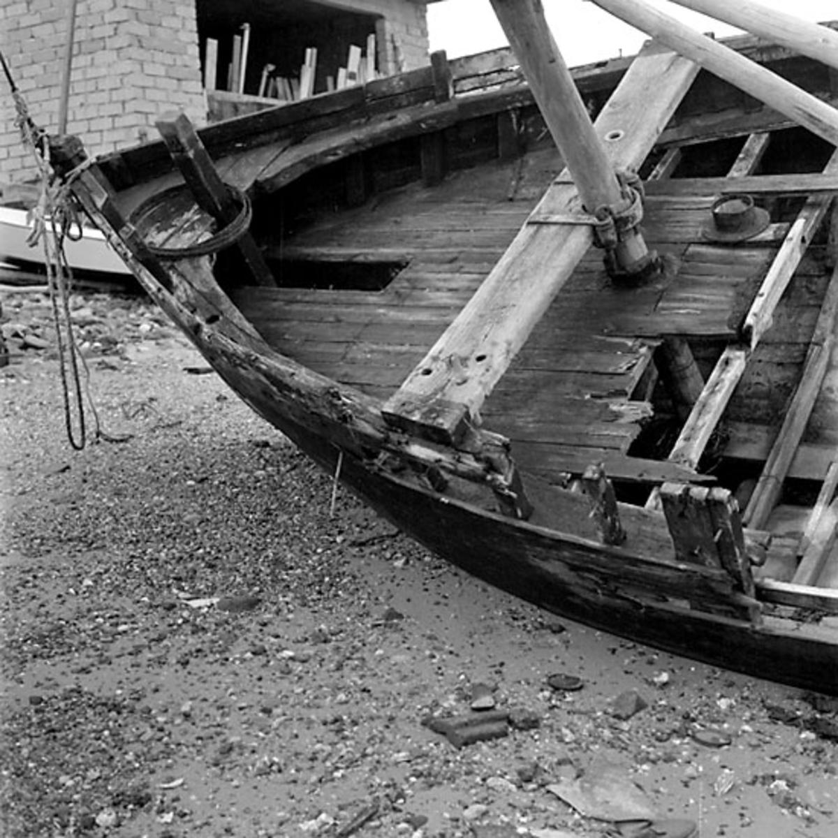 11. Frankrike. Fotojournal finns på B.M.A. + fotoalbum. Samtidigt förvärv: Böcker och arkivmaterial. Foton tagna 1959-10-17. 12 Bilder i serie.