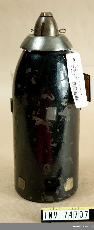 Grupp F:IV.  Blind granat med tungt nedslagsrör m/1864 utgörande exercisammunition för 12 cm framladdningskanon m/1870.
