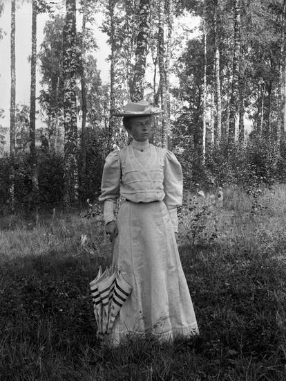 Kvinna i Torrebyskogen
