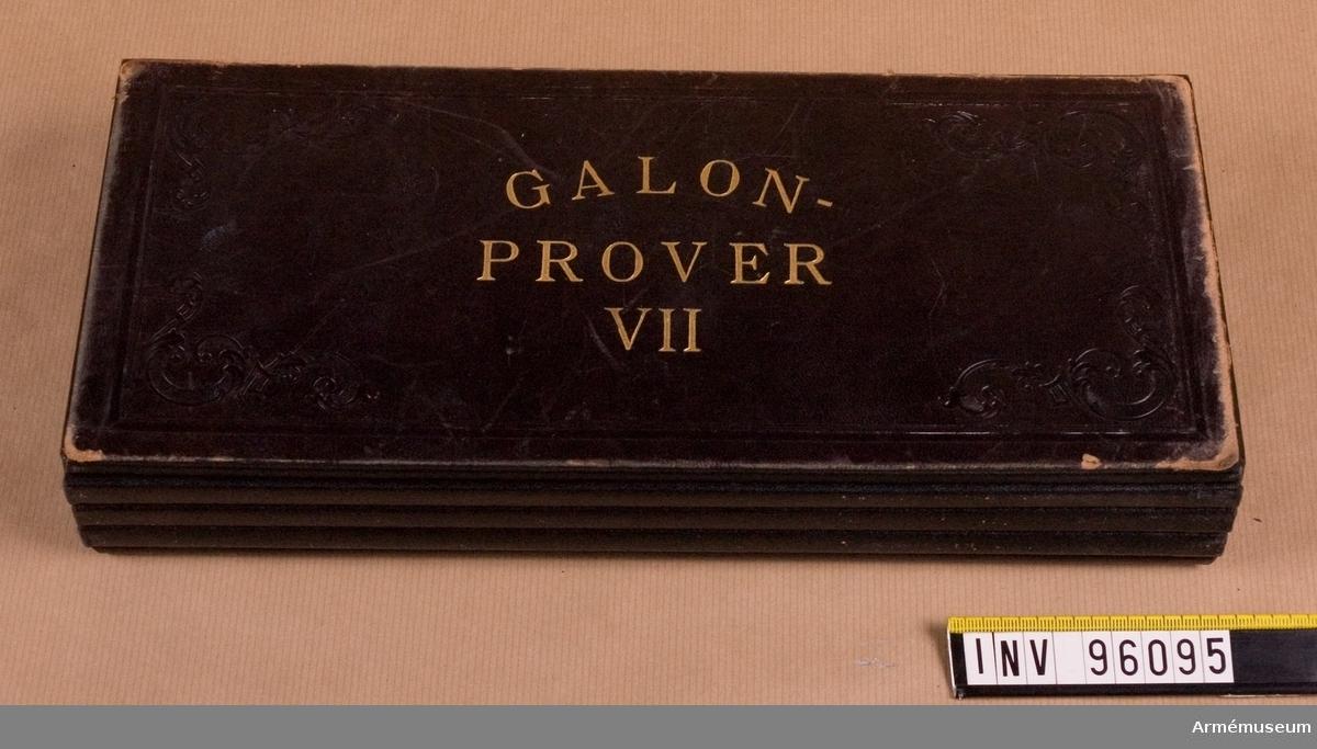 Galonprofver VII. Provbok med olika typer av galoner, bland annat för marinen och flyget.