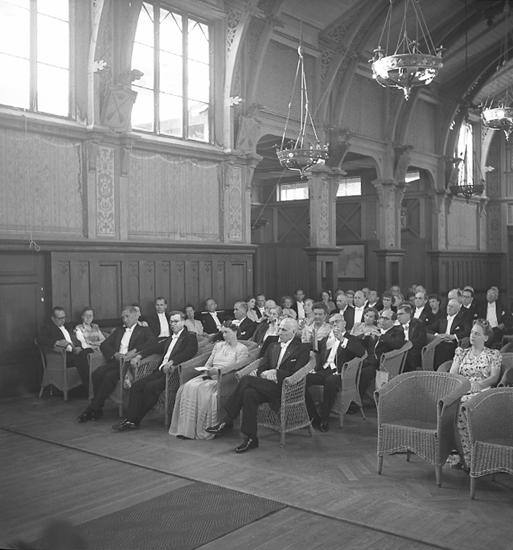 """Text till bilden: """"Rotary Club. Charterfest. 1946.06.29""""."""