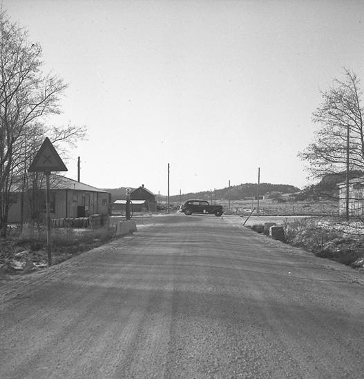 """Text till bilden: """"Foto i Hallinden för Landsfiskalen. 1947.02.01""""."""