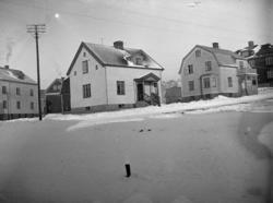 Husen längs Elsbergsgatan, Uddevalla omkring 1930