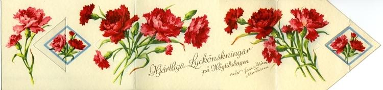Notering på kortet: Hjärtliga Lyckönskningar på Högtidsdagen från Familjen Martinsson.