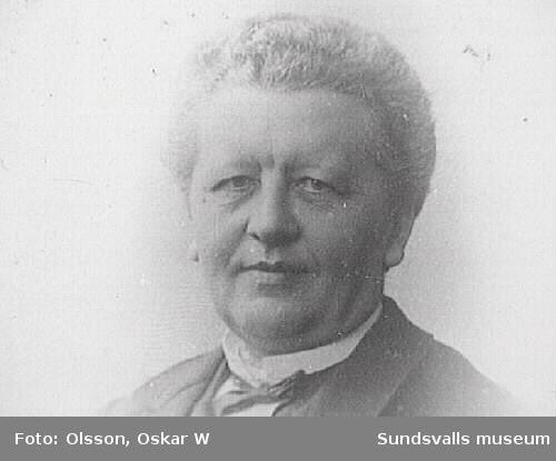 Porträtt i ateljé. Oscar W. Olsson. Esplanaden.