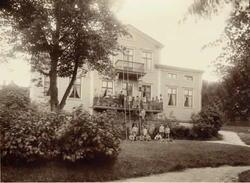 Sundsvalls barnhem vid sekelskiftet. Föreståndarinnans namn