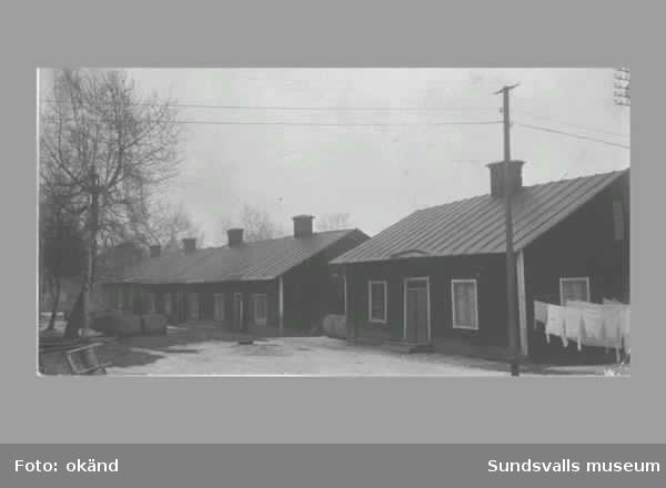 """En svit bilder med koppling till Skönsmon. """"Kronohäktet"""", spårvagnar, bebyggelse ev """"nödbostäder""""."""