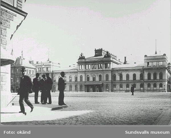 Stadshuset och Stora torget  Kyrkogatan 19