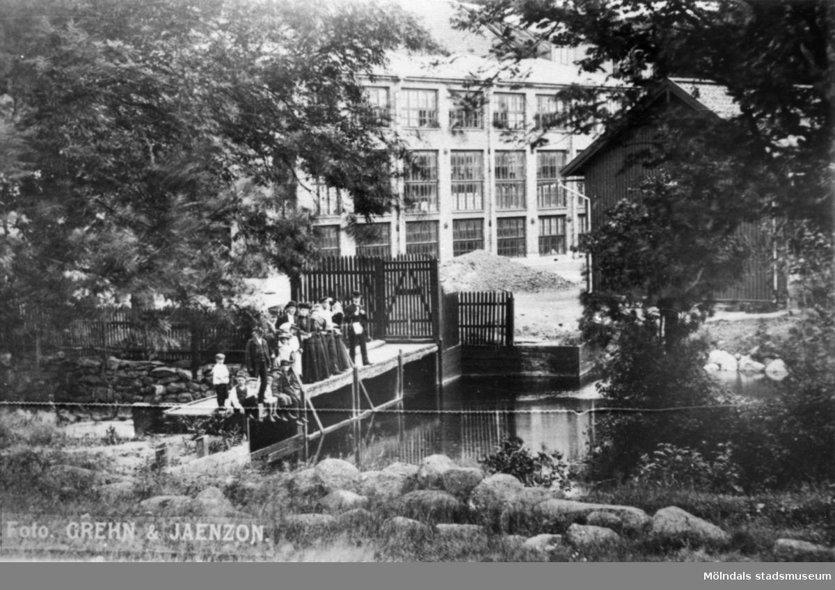 Gamla spinneriet på Anderstorps spinneri, före 1917. Anderstorps spinneri grundades 1829 - 1989, övergick till färgeri till 1997.