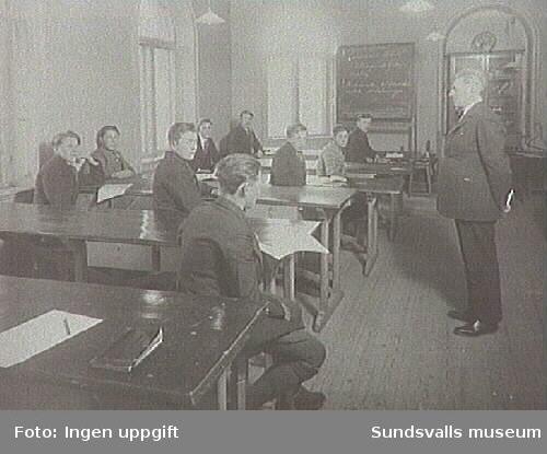 Sundsvalls stads Lärlings och yrkesskola, under detta namn mellan 1919-1942.Mekaniska- och elektroniska avdelningen.