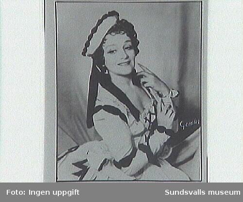 H.S.som Zerbinetta i Adriane av Richard Strauss.
