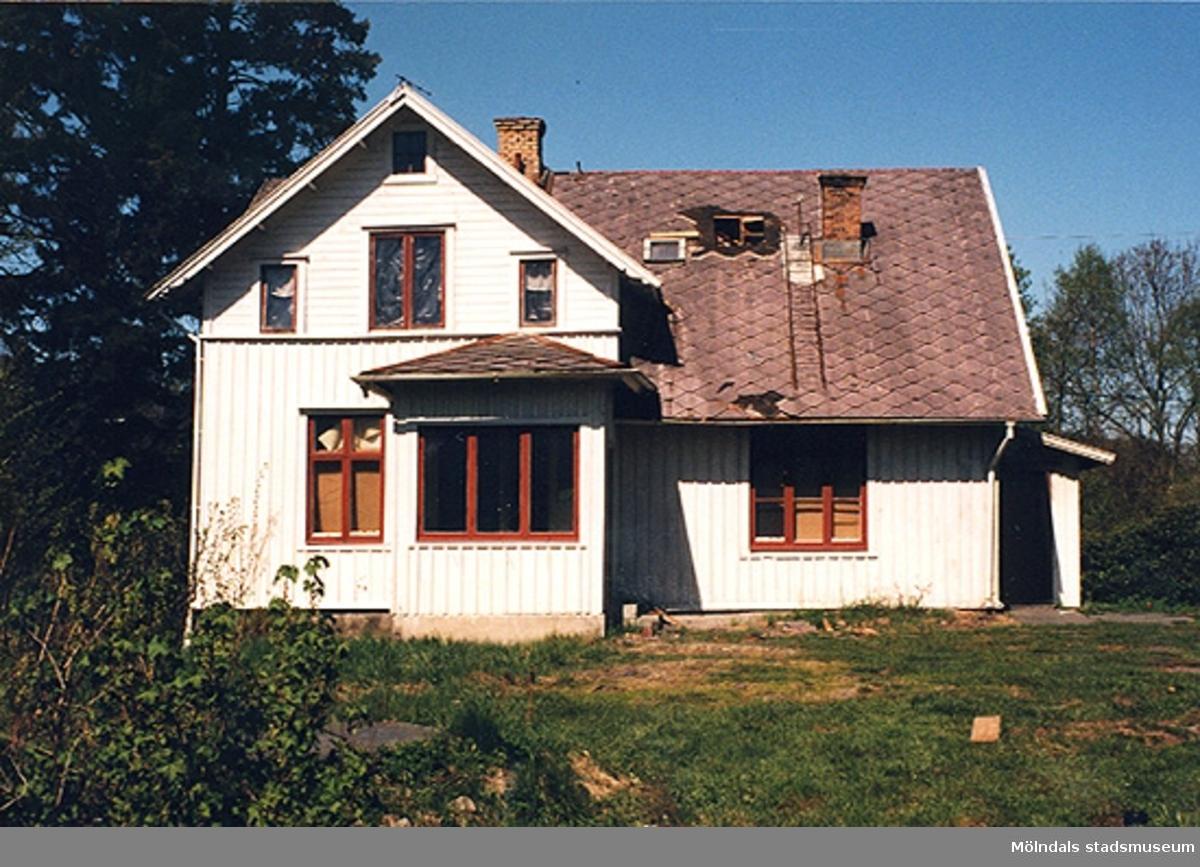 Ett bostadshus.Brännemadsvägen 11, Sandbäck 1:156, Brännemaden 1999-05-06.