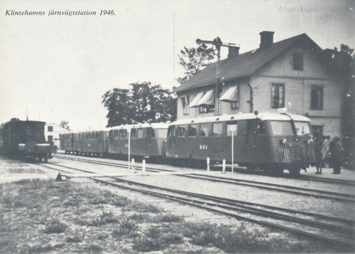 Vykort föreställande Klintehamns järnvägstation där Posten var inkvarterad mellan åren 1898-1923.
