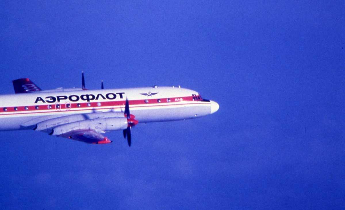 Russisk fly av typen Ilyushin II-18 Coot tilhørende Aeroflot.