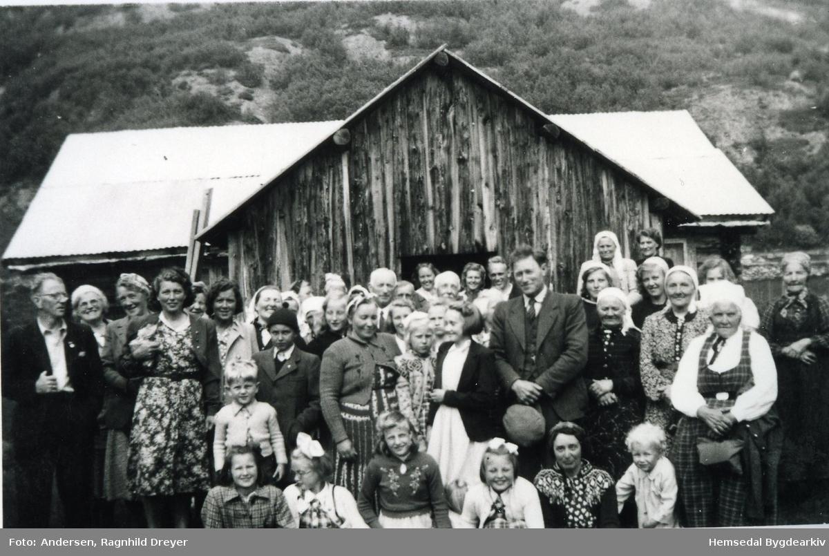 Fetamessa  Feten i 1946. Fetamessa vart starta i 1916 av pastor Abraham Andersen. Siste Fetamessa vart halden i juli 1973. Namneliste på personane er arkivert i Hemsedal Bygdaarkiv.