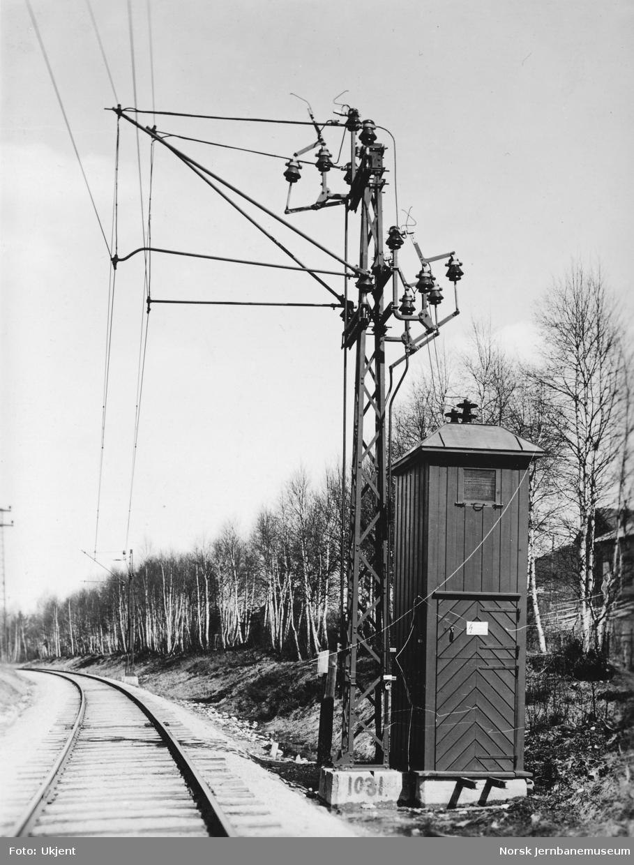 Transformatorkiosk på Drammenbanen