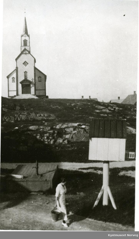 Rørvik, kapellet og en del av Berggårdstunet