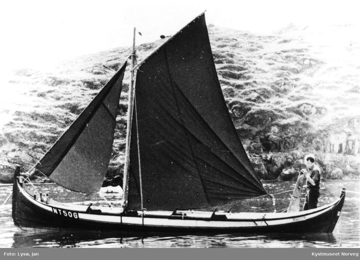 Johs Furre ombord i en halvfemtrømming