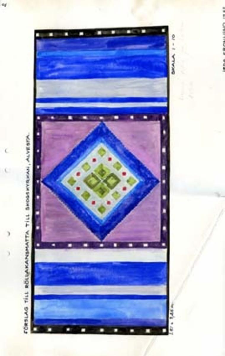 """Tre skisser med förslag till rölakansmatta till Skogskyrkan Alvesta. GHKL 4086:1 Förslag till rölakansmatta till Skogskyrkan, Alvesta 1,51 x 3,25 m.Skisstorlek ca 15 x 32,5 cm, skala 1:10. Skissen är märkt nr 1. Följande anteckning finns på skissen: """"OBS! 2 olika mittpartier! (Lossa på tejpen försiktigt så syns det andra förslaget)"""".GHKL 4086:2 Förslag till rölakansmatta till Skogskyrkan, Alvesta 1,51 x 3,25 m.Skisstorlek ca 15 x 32,5 cm, skala 1:10. Skissen är märkt nr 2. GHKL 4086:3Förslag till rölakansmatta till Skogskyrkan, Alvesta 1,51 x 3,25 m.Skisstorlek ca 15 x 32,5 cm, skala 1:10. Skissen är märkt nr 4. BAKGRUNDHemslöjden i Kronobergs län är en ideell förening bildad 1990. Den ideella föreningen ersatte Kronobergs läns hemslöjdsförening bildad 1915.Kronobergs läns hemslöjdsförening hade butiksverksamhet och en vävateljé med anställda väverskor och formgivare där man vävde på beställning till offentliga miljöer, privatpersoner och till olika utställningar.Hemslöjden i Kronobergs län har idag ett arkiv med drygt 3000 föremål, mönster och skisser från verksamheten och från länet. 1950-talet var de stora beställningarnas tid och många skisser och mattor till kyrkorna kom till under detta årtionde."""