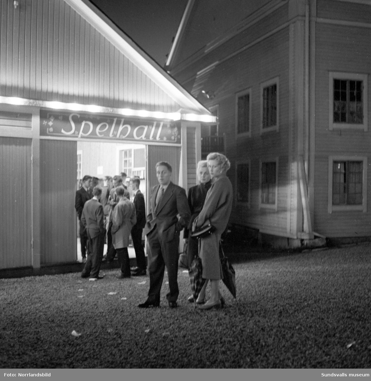 Spelhall vid Folkets park i Sundsvall.