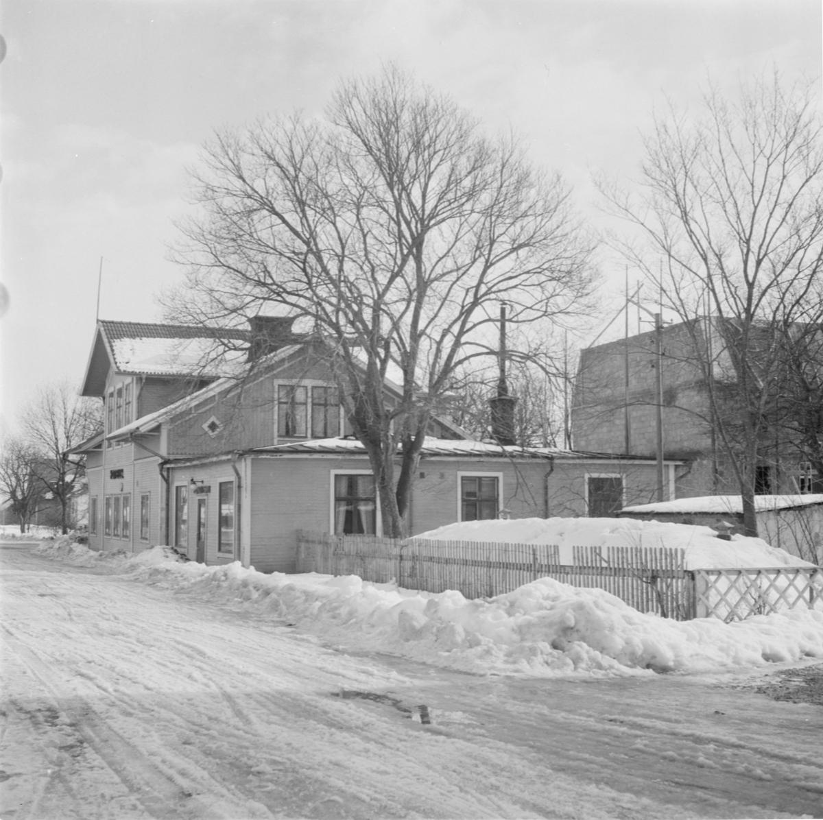 Grillby hotell, Grillby, Villberga socken, Uppland mars 1954