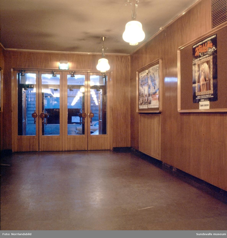 China-biografen vid Kyrkogatan, interiörbilder från entren och salongen.