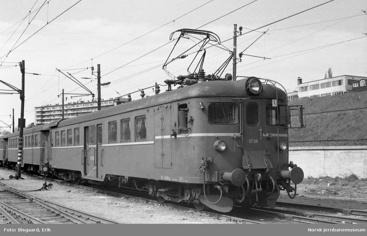Motorvogn BM 67 08 i Lodalen