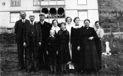 Knut og Margit Grøthe med Ola, Svein, Syver, Ingerid, Marie,