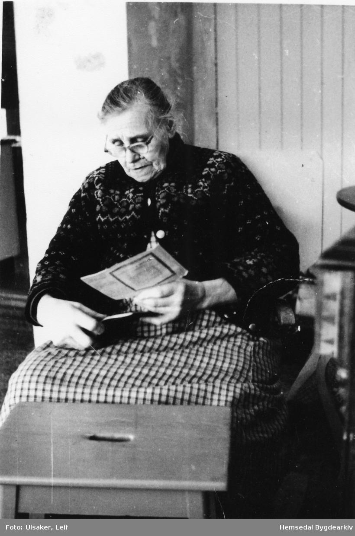 Margit Ulsaker (1883-1974) , fødd Ålrust,
