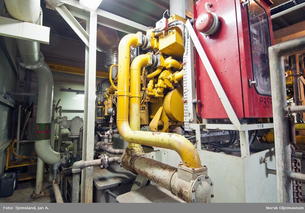 Aggregat for pumping av brannvann på PCP plattformen.  Som det kan fremgå av bildet er aggregatet delvis demontert og ute av drift, etter som plattformen er nedstengt.