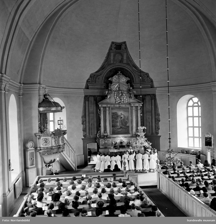 Konfirmation i Selångers kyrka.