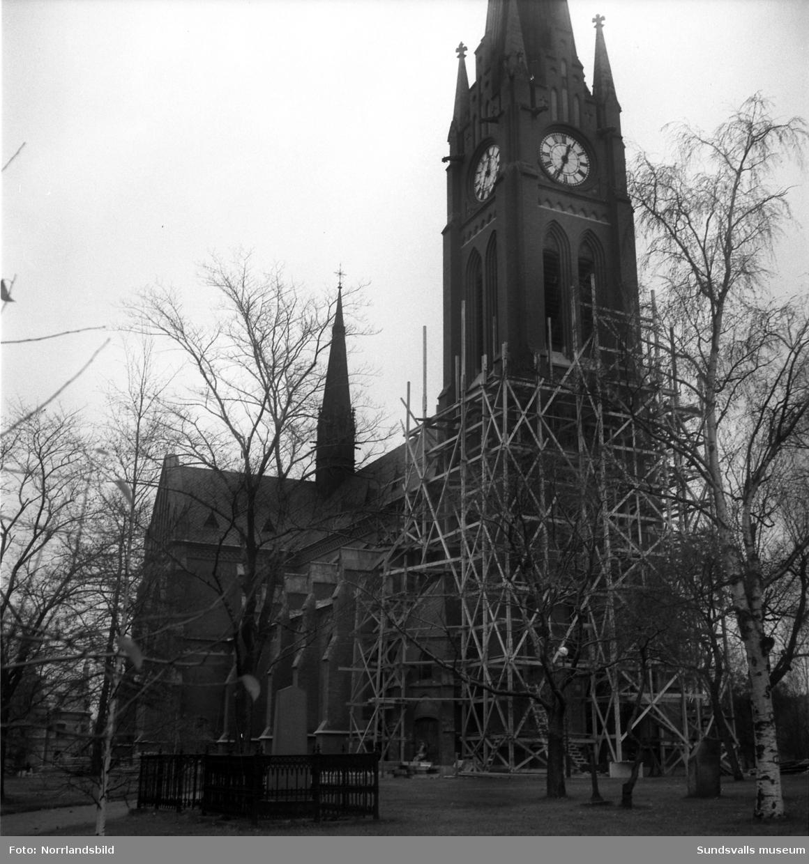 Utvändig restaurering av Sundsvalls Gustav Adolfs kyrka.