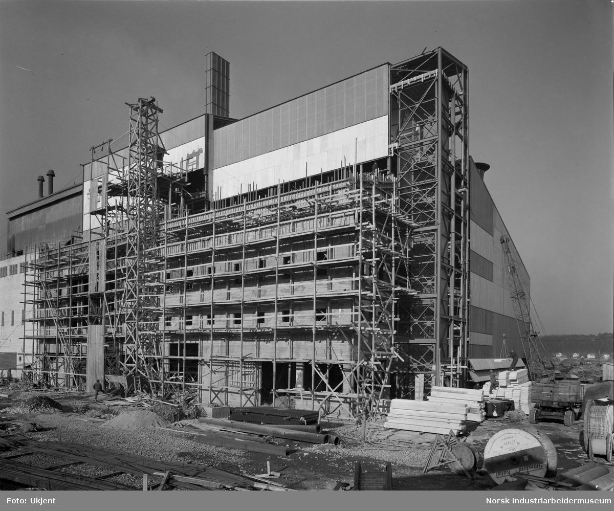 Nyanlegg, oversikt. Karbidfabrikk, fra sør.