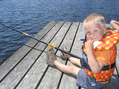Natur-og_deltadag_Eivind_F._Skaugset_prver_fiskelykken1.JPG