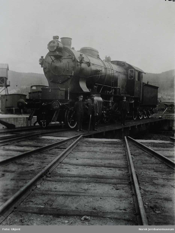 Damplokomotiv type 33a nr. 300 som nytt