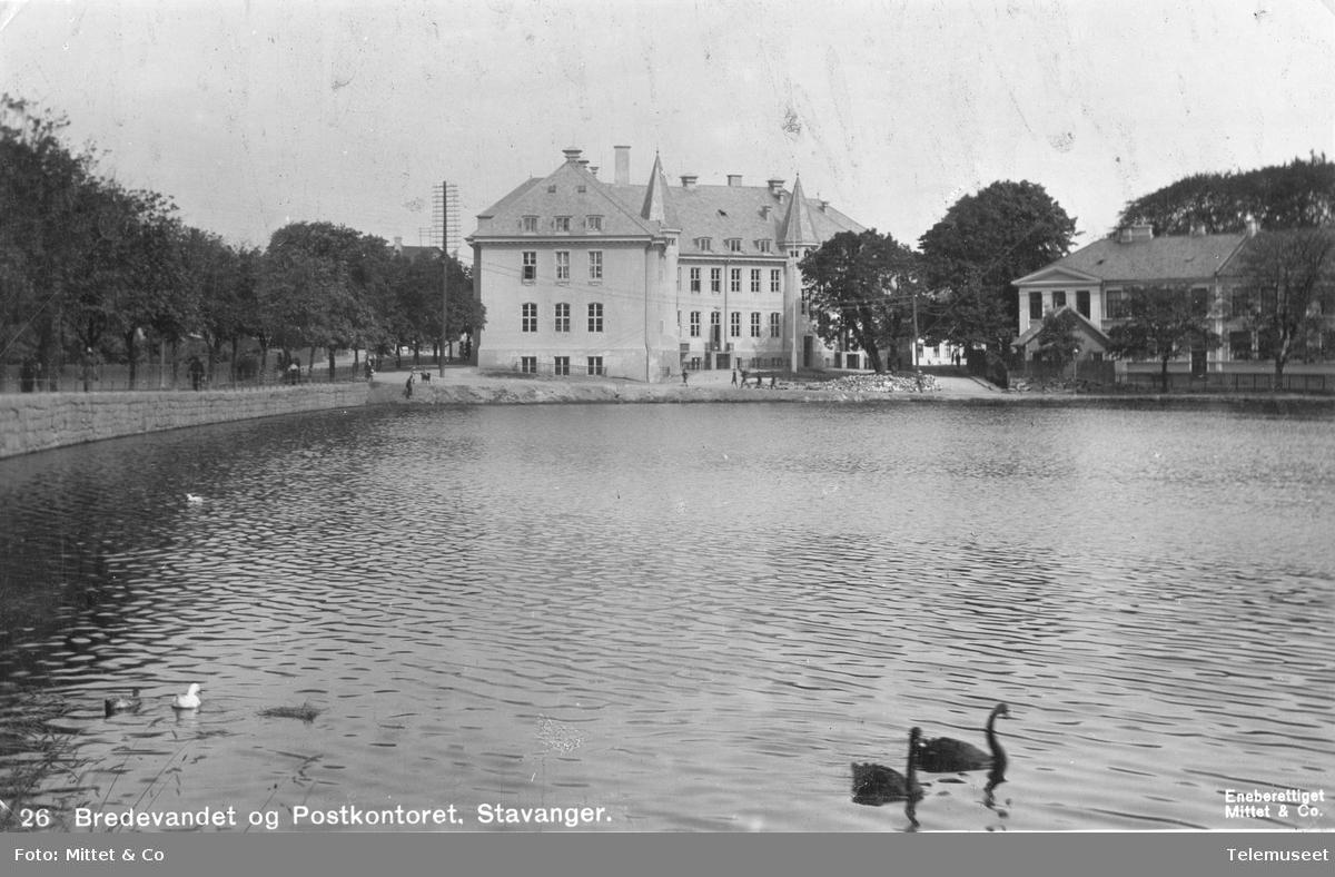 Bredevannet og Postkontoret