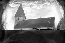 Edsbergs kyrka, exteriör.