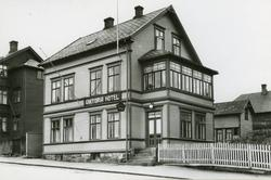Viktoria Hotel i Kongens gate like nedenfor Grand.