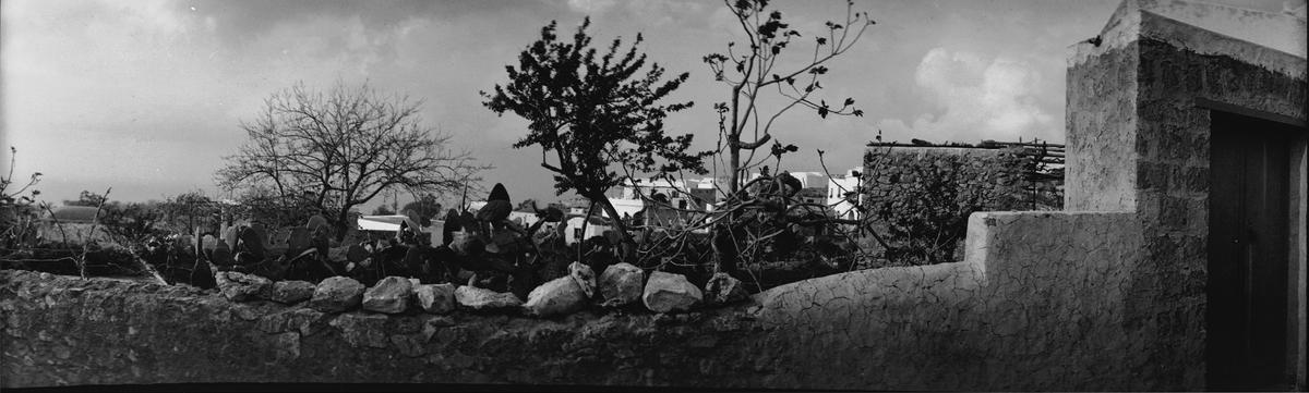 Drottning Victorias bilder. Panorama över en ruin?