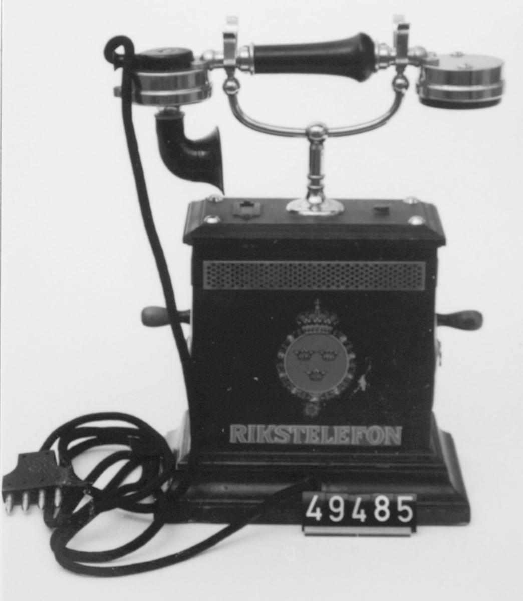 Telefonapparat med nya dekaler. Märkt: Rikstelefon