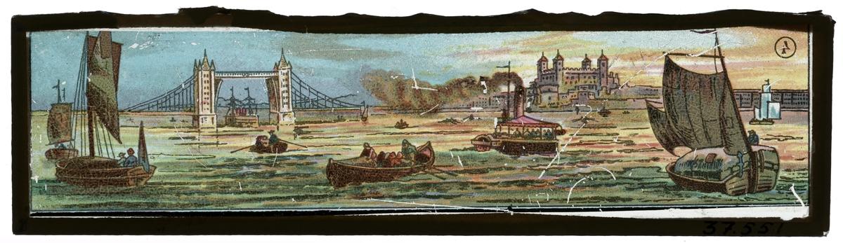 Målad bild på glas för Skioptikon/Laterna magica. London från Themsen sett, motiv av båtar och London Bridge.