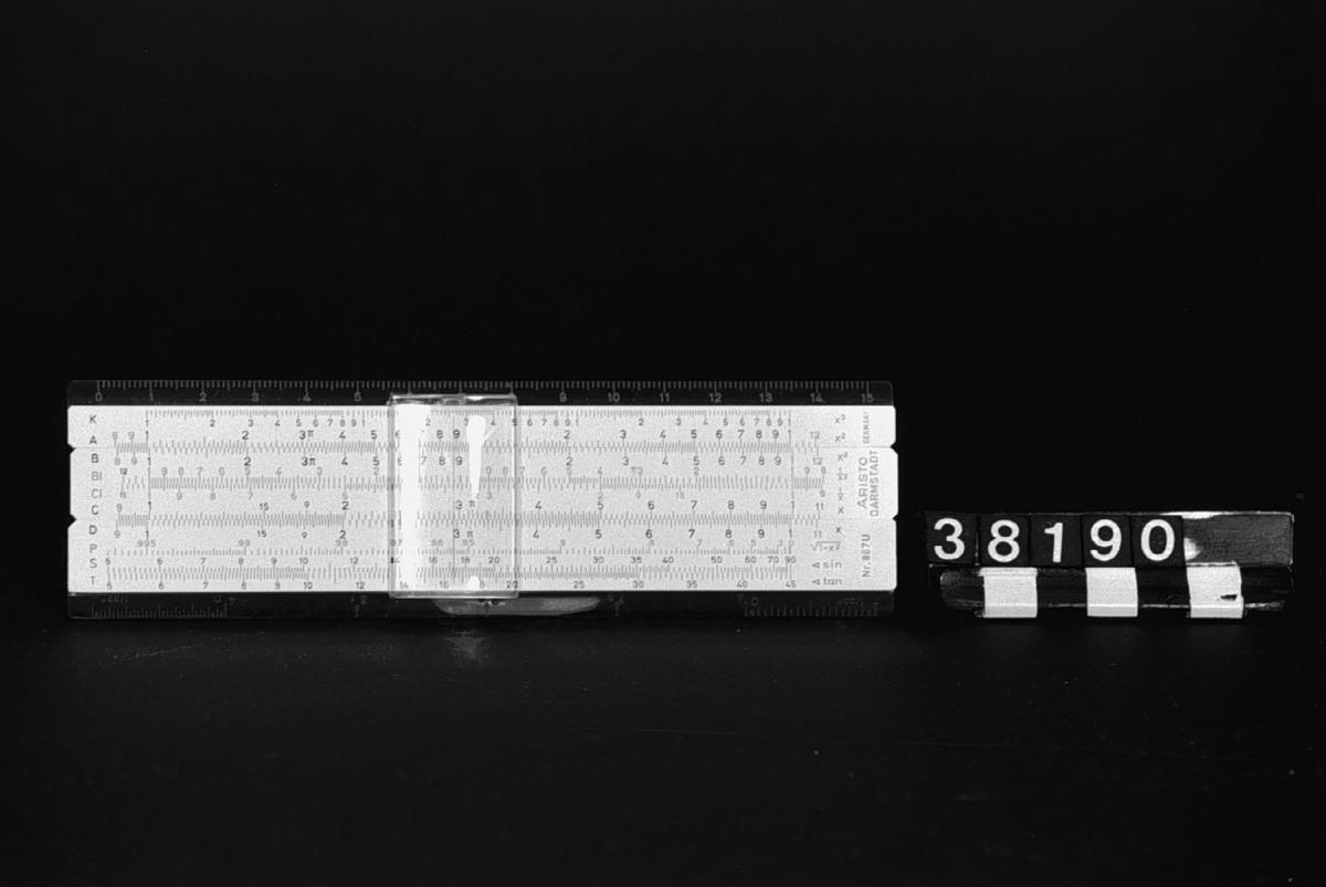 Räknesticka, Aristo 867 U - 2 FX 28.