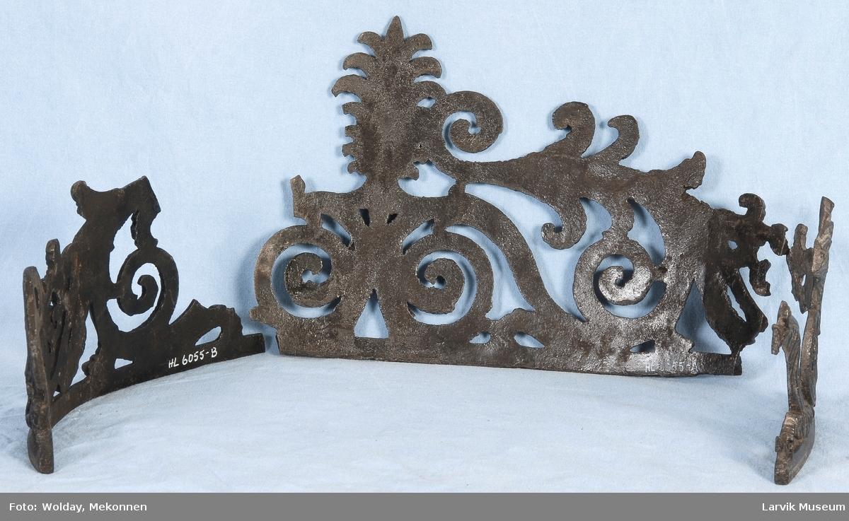 Gjennombrudt, ornamental krone til etasjeovn