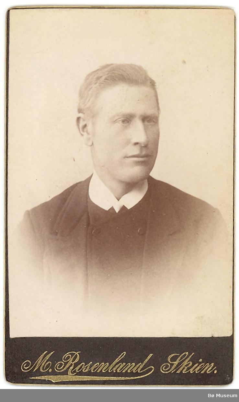 Olav Halvorsson Mæland, portrett