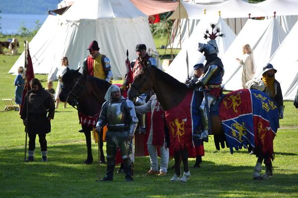 Konge_og_riddere.JPG. Foto/Photo