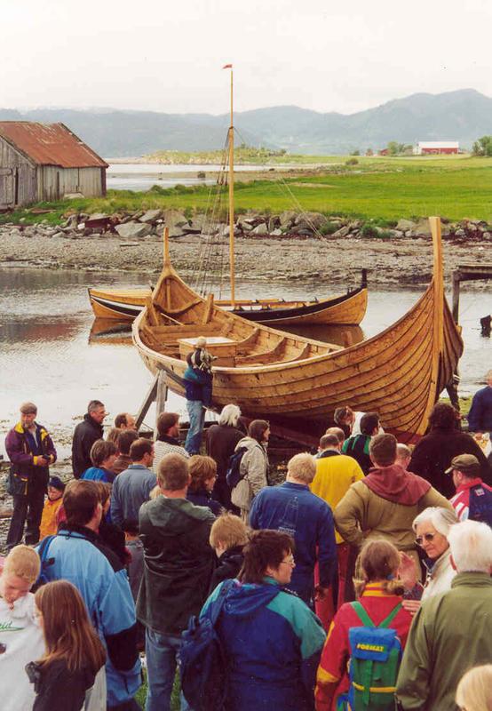 Visund, bygd i år 2000 (Foto/Photo)