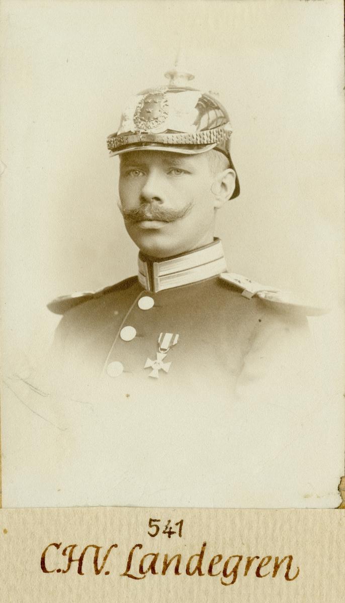Porträtt av carl Henrik Victor Landegren, löjtnant vid Göta livgared I 2. Se även AMA.0007850.