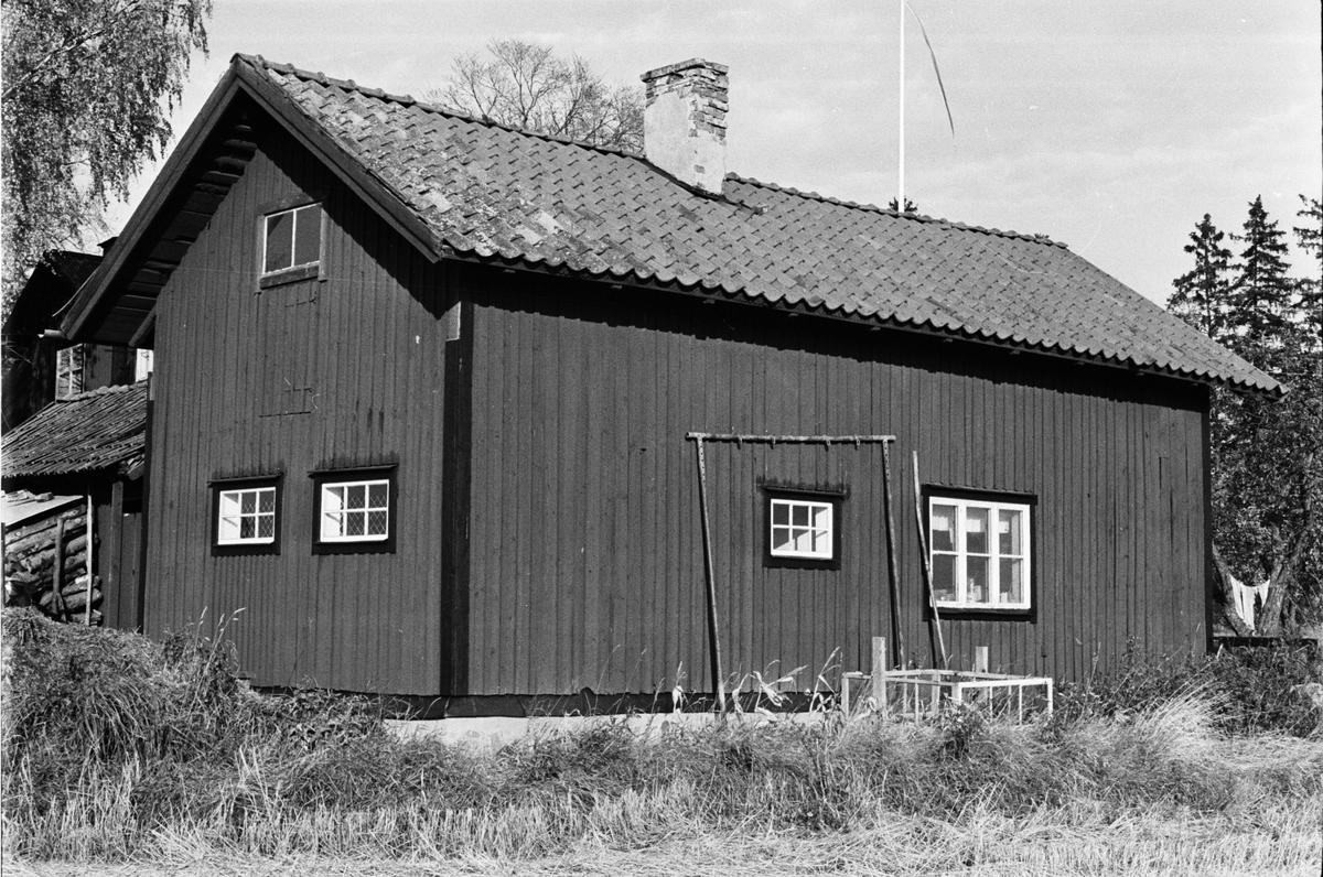 Stall f.d. cykelverkstad, Bräcksta 1:5, Kummel-Bräcksta, Tensta socken, Uppland 1978