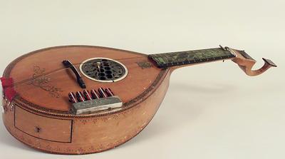 English Guitar (Foto/Photo)