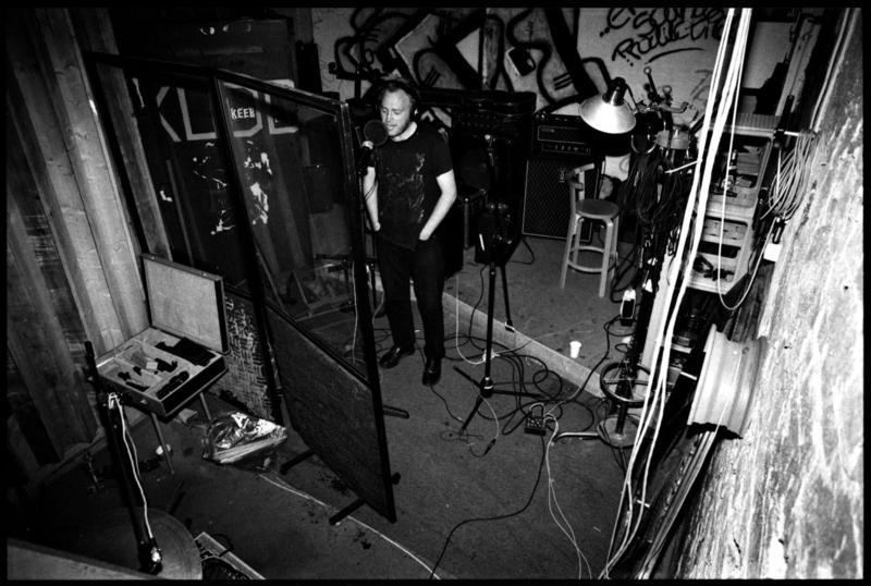 Jokke i Endless Tinnitus Studio